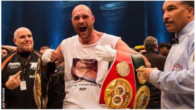 Le champion du monde de poids lourd, Tyson Fury, a révélé souffrir de dépression
