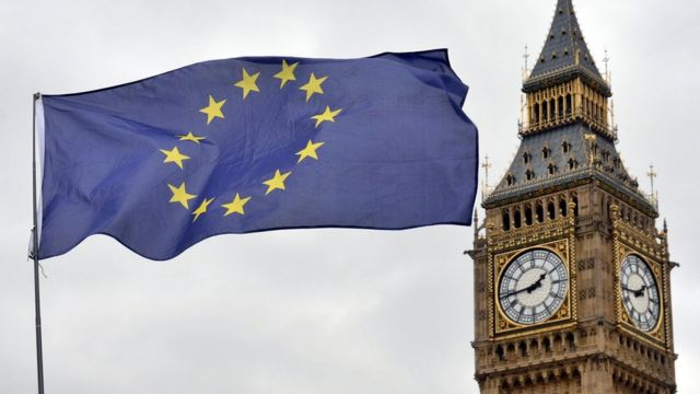 Bandeira da UE e o Big Ben