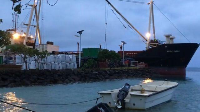 Gravel shipment causes French Polynesia radiation fears