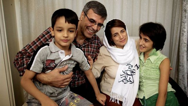 نسرین ستوده همراه خانواده، آزادی بعد از حدود سه سال زندان
