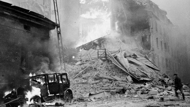Варварские бомбардировки финских городов разожгли ненависть финнов к агрессору