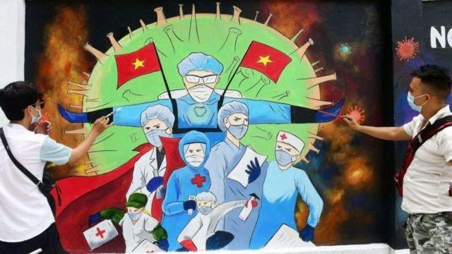Việt Nam đang đối diện nhiều khó khăn trong đợt dịch bùng phát thứ 4 với các ca nhiễm và tử vong tiếp tục tăng.