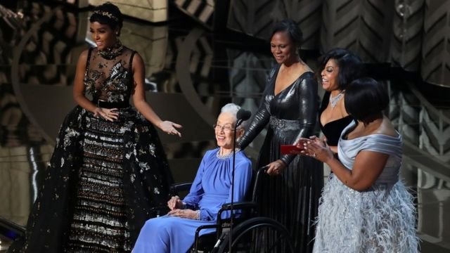 Taraji P Henson, Octavia Spencer, Janelle Monae and Katherine Johnson present the award for Best Documentary Feature in 217