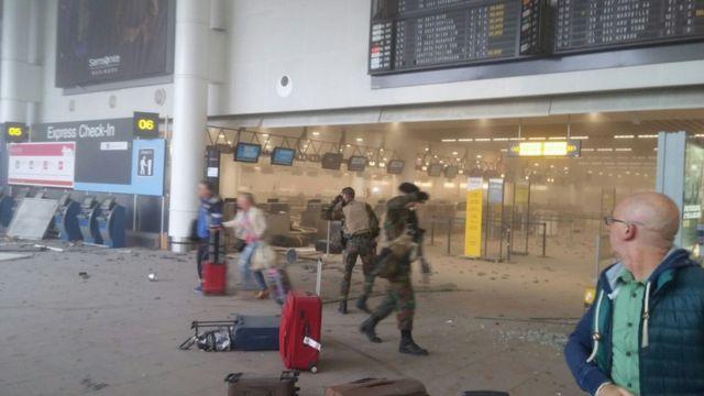 爆発のあったブリュッセルのザベンテム空港(22日)