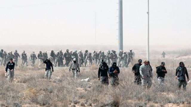 Madres de desaparecidas y agentes de seguridad buscan en Ciudad Juárez (archivo)