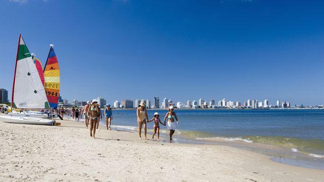 Playa Mansa en Punta del Este, Uruguay