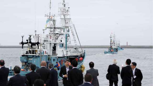 Whaling ship departs from a port in Kushiro, Japan (1 July 2019)