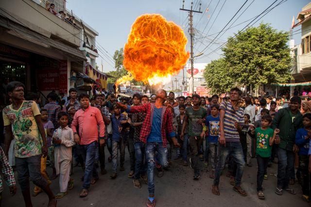 Celebración de Muharram en Lucknow, India.