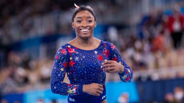 Simone Biles, la extraordinaria vida de la gimnasta olímpica que superó una  dura infancia y el abuso sexual - BBC News Mundo
