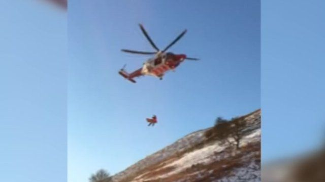 Brecon MRT winch casualty to safety
