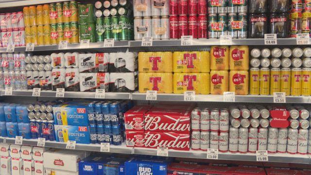 Scottish alcohol sales drop as minimum price kicks in