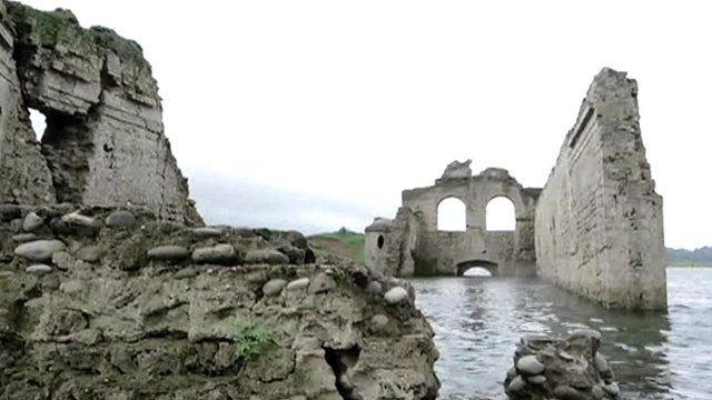 Church ruins in Chiapas, Mexico