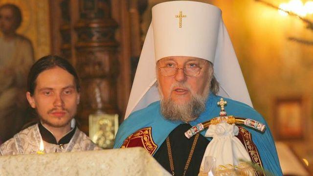 Митрополит Олександр (праворуч) на різдвяній службі