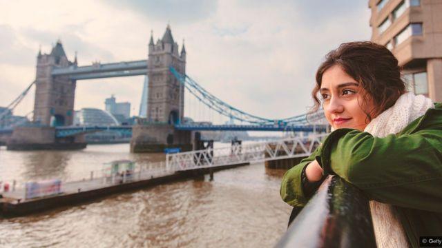 Mujer en Londres