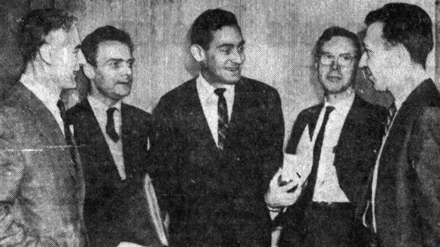 Jule Charney junto a otros científicos