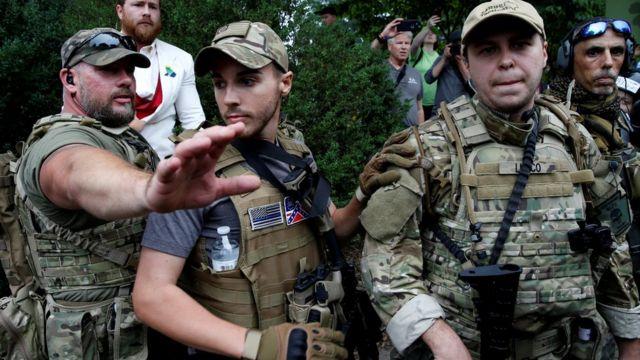 Milícias em Charlottesville