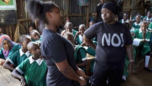 Cette session enseigne aux garçons et filles que non signifie non