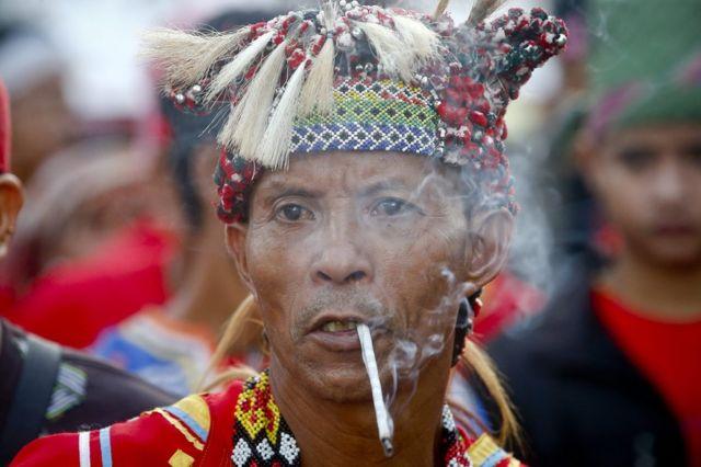 デモに参加したフィリピンの先住民(19日)