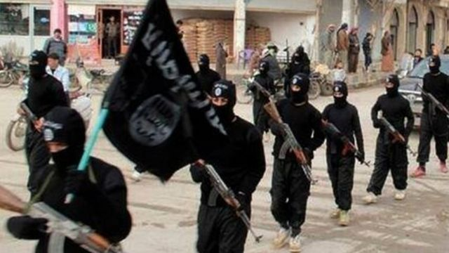 IS fighters in Raqqa (file photo)