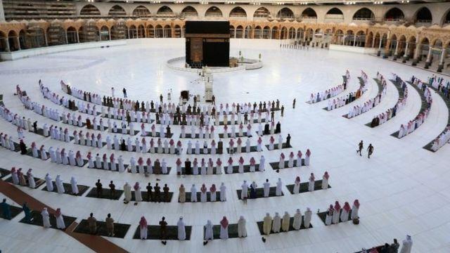 المسجد الحرام صباح عيد الفطر