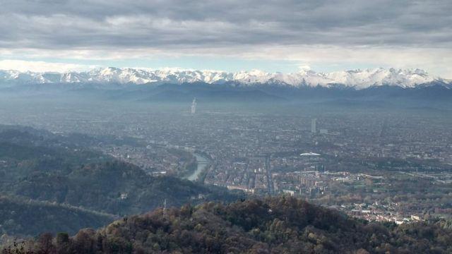 Pogled na Torino sa katedrale Superga