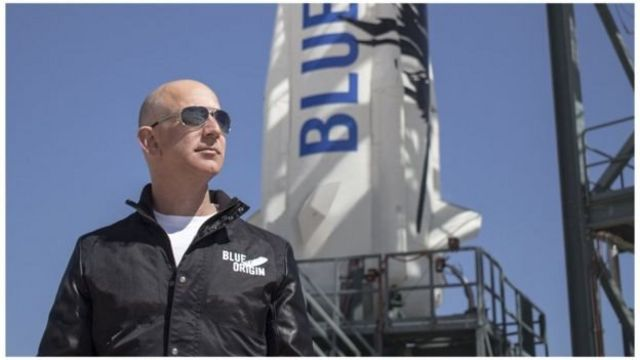 """افتتح جيف بيزوس شركته الفضائية """"بلو أوريغين"""" عام 2000"""