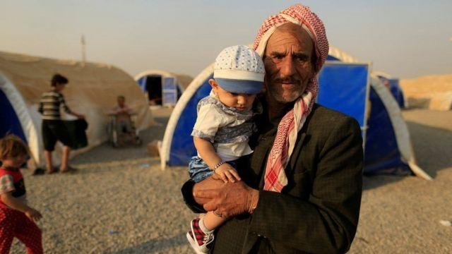 نزح نحو 11700 مدنيا من الموصل منذ انطلاق العملية العسكرية