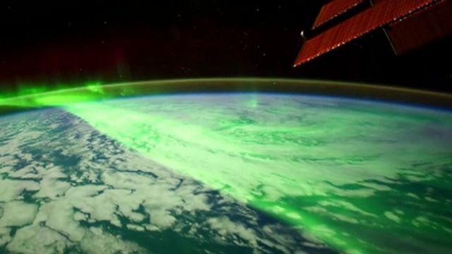 Nasa releases aurora pictures
