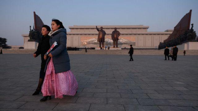 (캡션) 북한 여성