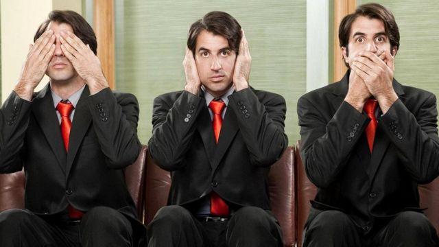 """Если ваш принцип """"ничего плохого не вижу, ничего плохого не слышу и ничего плохого не говорю"""", способны ли вы убедить себя в том, что всё хорошо?"""