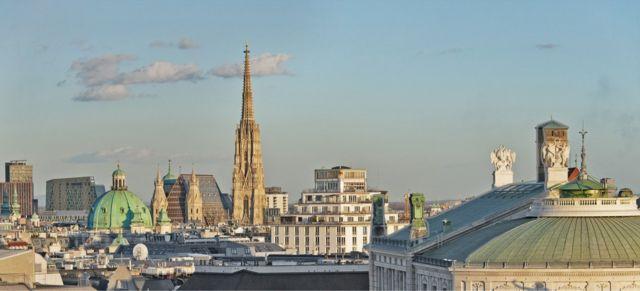 根据经济学人智库的评选,维也纳超越墨尔本,问鼎全球最宜居城市。