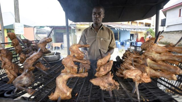 Inkoko yokeje irakunzwe cyane muri Nijeriya