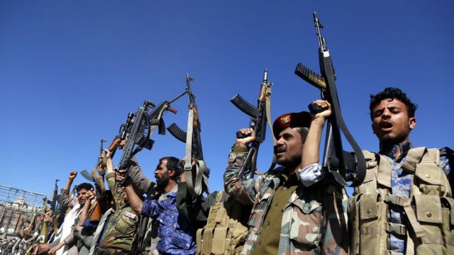 شبهنظامیان حوثی در شهر صنعا، پایتخت یمن