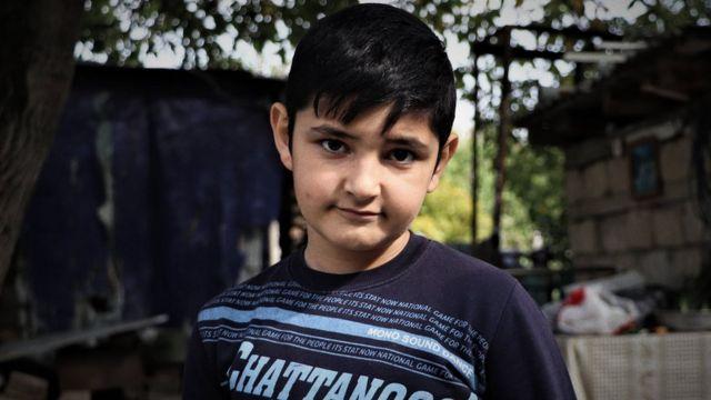 Arinanın 13 yaşlı oğlu Alik