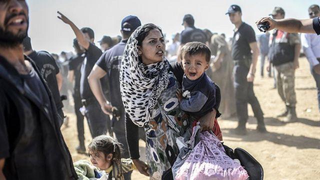 Familia de refugiados kurdos.