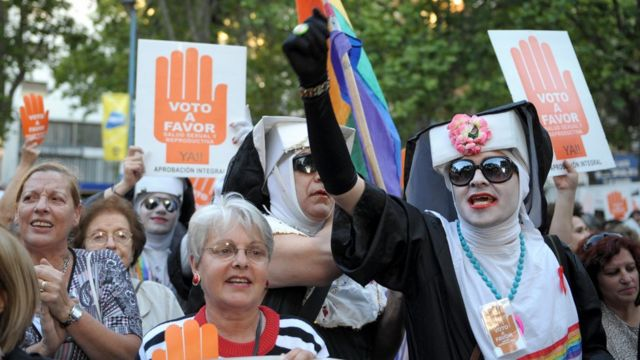 Marcha a favor del aborto en Uruguay
