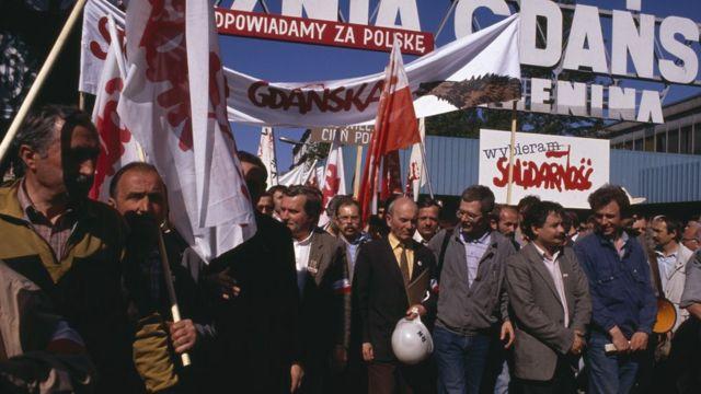 1989年5月20日。竞选期间,团结工会在格但斯克集会抗议码头关闭
