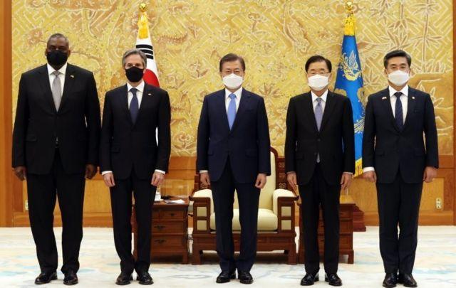 وزرای خارجه و دفاع آمریکا برای مذاکره با همتایان خود در کره جنوبی به این کشور سفر کرده اند