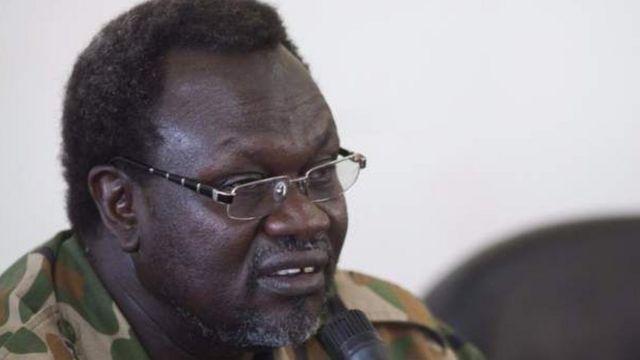 Dr Riek Machar yaravuye muri Sudani y'epfo inyuma y'aho hasubiriye kwaduka intambara i Juba