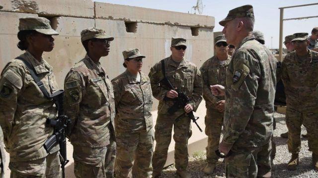 Jenerali Nicholson agendera ingabo za Amerika zo mu ntara ya Helmand mu kwezi guheze