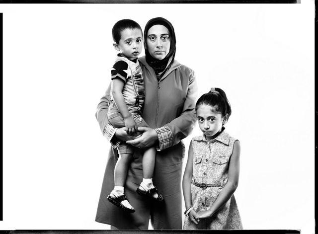 Aslan (oğul), Könül (həyat yoldaşı) və Zəhra (qızı), Rəşad Ramazanov bloqqer, 9 may 2013-dən həbsdədir.