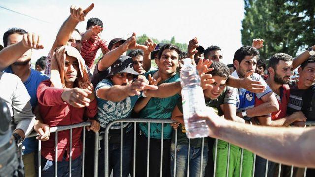 Migrants at the Croatian border town of Tovarnik