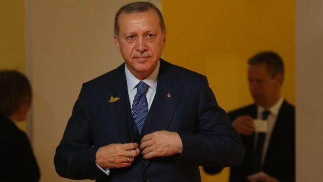 Türkiyə prezidenti Recep Tayyip Erdoğan Yerusəlim/Qüds şəhərinin müqəddəs məkanları ilə bağlı böhrana müdaxilə edərək İsraili, şəhərin islami xarakterini pozmaqda günaghlandırıb.
