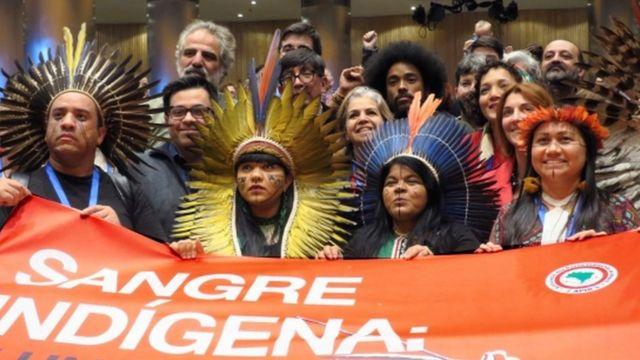 Protesto de indígenas brasileiros em 19 de novembro