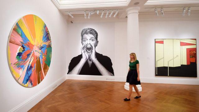 Выставка работ из личного собрания Боуи