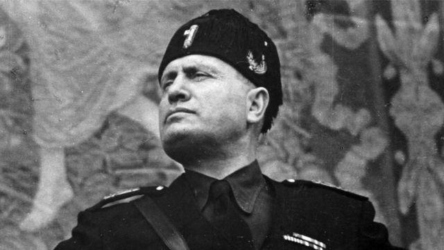 Retrato de Benito Mussolini