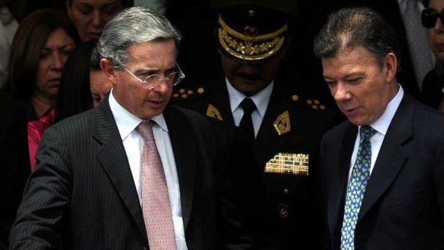 Álvaro Uribe y Juan Manuel Santos.