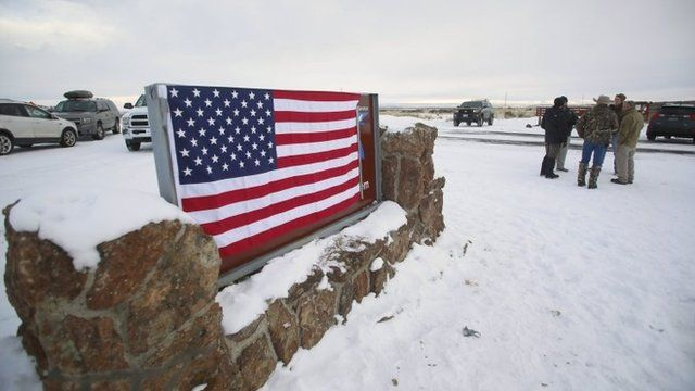 Oregon standoff: Why US police are surrounding a nature reserve