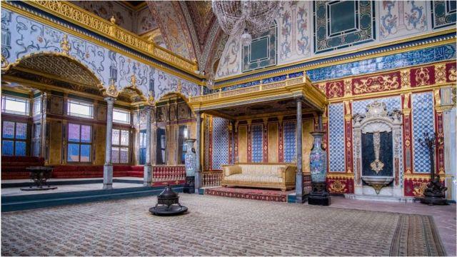 استنبول کے شاہی محل میں حرم