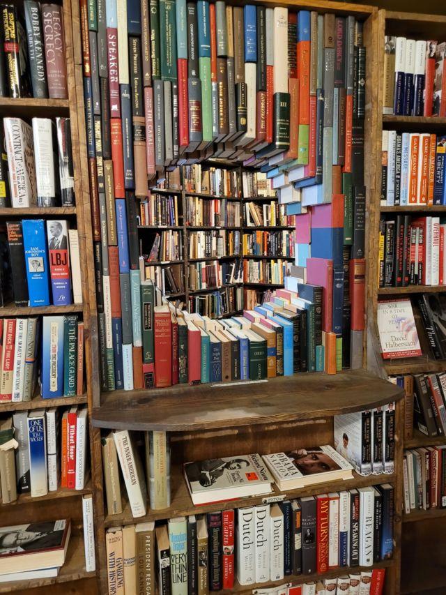 """Librería """"The last bookstore"""", en Los Ángeles, California."""